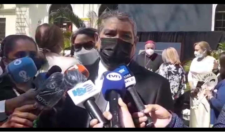 El ministro de Salud, Luis Francisco Sucre, entre los tres citados a la Asamblea.