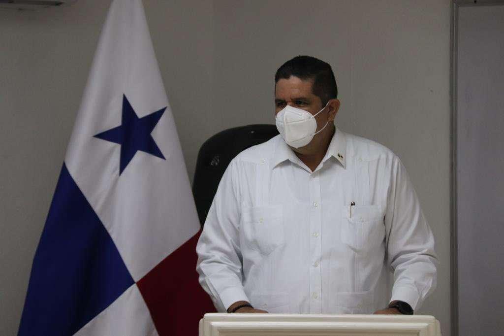 En la imagen aparece el ministro de seguridad, Juan Pino.