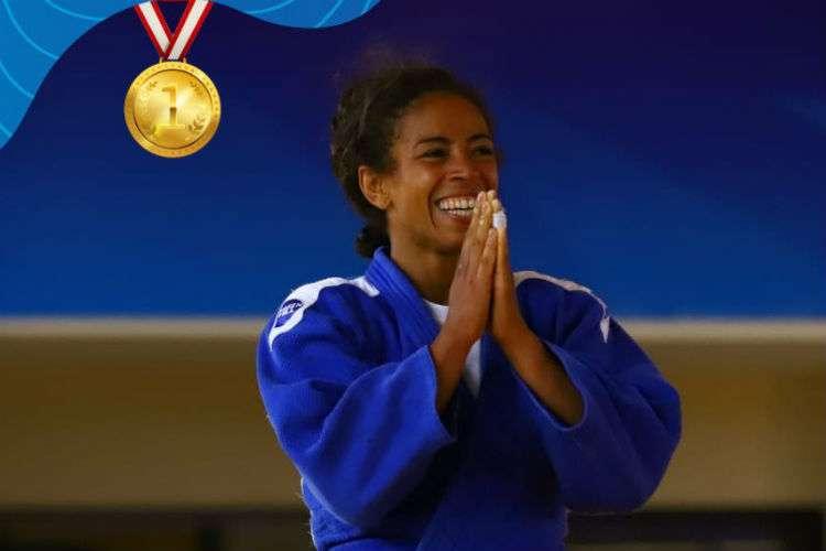 Miryam Roper emocionada luego de ganar la medalla de oro: Fotos: COP