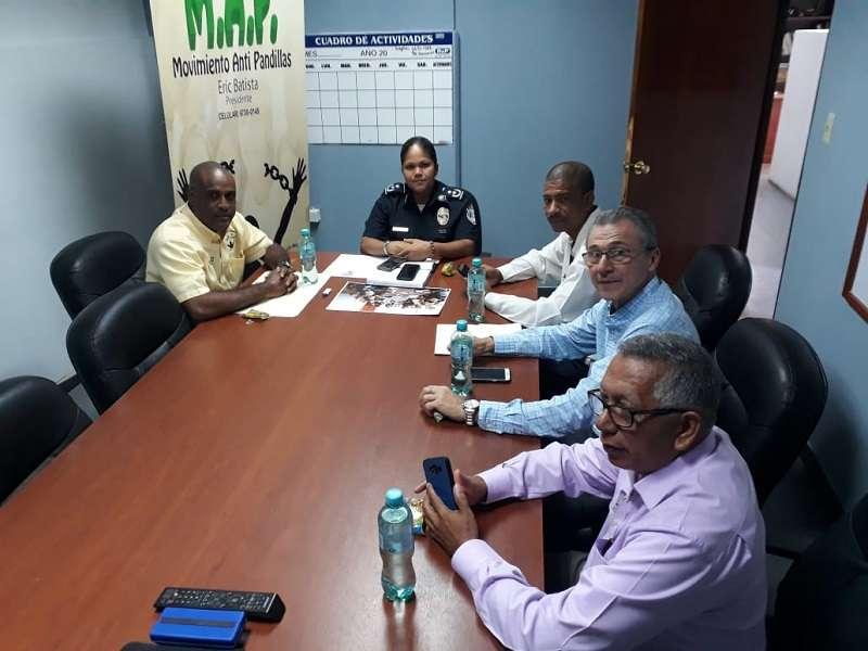 Reunión del Movimiento Anti Pandilla