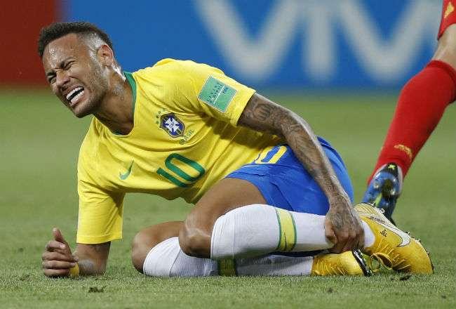 Neymar fue criticado por simular muchas faltas durante el Mundial de Rusia 2018.
