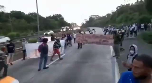 """Marcha y protestas por orden de desalolojo en asentamiento informal """"Nito Cortizo"""""""