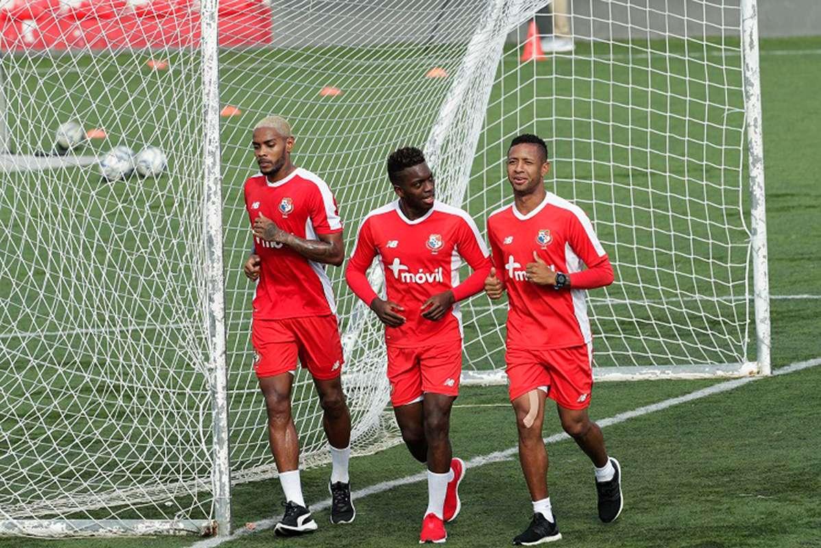 Muchos futbolistas panameños siguen dando todo por dejar el nombre del país en alto en el exterior.