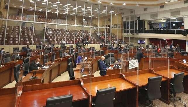 La citación de Eskildsen a la Asamblea fue aprobada, la tarde de este lunes, con 37 votos a favor, dos en contra (miembros del PRD) y cero abstenciones.