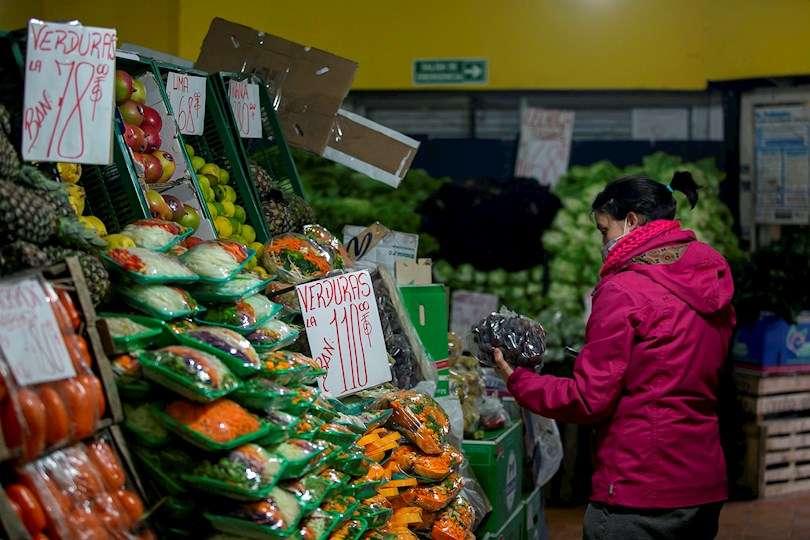 De acuerdo con el FMI, Latinoamérica tendrá una inflación del 9,3 % en 2021. Fotografía de archivo. EFE