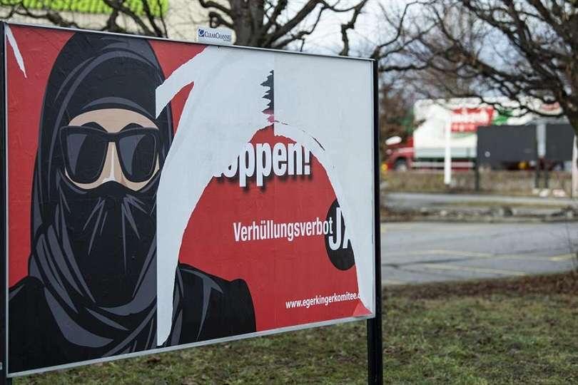 En términos prácticos la medida se calcula que afectará a apenas una treintena de mujeres musulmanas que llevan esta vestimenta en Suiza