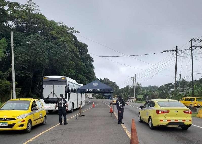 La policía mantiene acciones operativas y preventivas en diferentes sectores de la provincia de Colón.