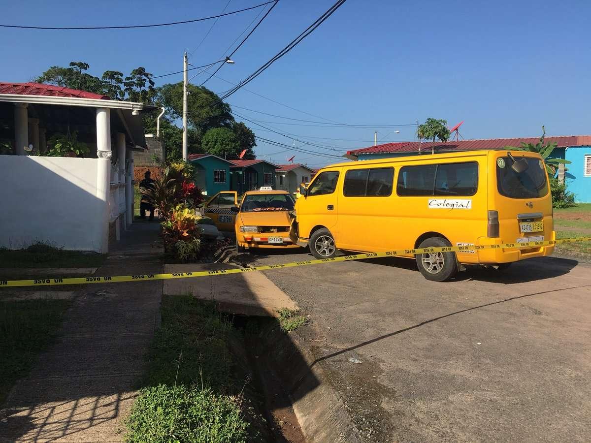 El colegial también fue colisionado por un taxi. Foto: @TraficoCPanama