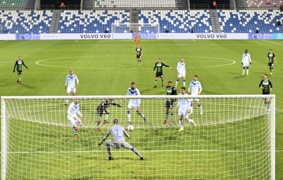 La liga italiana contra la pared /AP