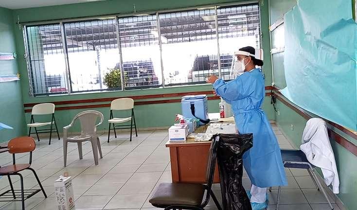 La ministra consejera, Eyra Ruiz, defendió la eficacia de la vacuna de AstraZeneca.